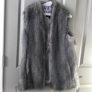 Faux fur vest XS gray brown